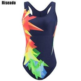 3e28fafe9 Riseado New Swimwear Mulheres 2018 One Piece Swimsuit Fêmea Sport  Competition Ternos de natação para mulheres Trajes de banho