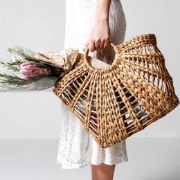 hard art 2019 - Hollow Out Woven Basket Rattan Bags Retro Women Korean Outer Corn Leather semicircle Art books Beach Bag Photo Props Str