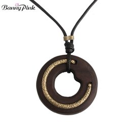 $enCountryForm.capitalKeyWord UK - Banny Pink Chunky Metal C Mix Round Hollow Wood Pendant & Dangle Necklace For Women Handmade Rope Chain Big Pendant Necklace
