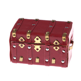 Wholesale 1 Wooden Treasure Chest Miniature Dollhouse Miniature Vintage Arch Cover Luggage Box Case Doll House Accessories