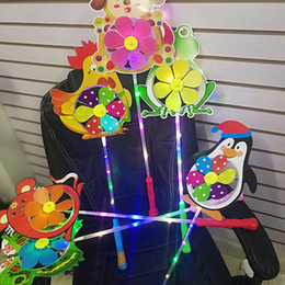 flashing windmill toys 2019 - Cartoon LED Flash Windmill Colorful Flashing Light Animals Windmill For Kids Party Festival Toys Gifts Factory Cheap Fre