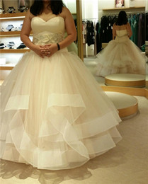 Sweethearts Ball Australia - 2018 Sweetheart Ball Gown Plus Size Wedding Dresses Button Back Tulle Ruffles Beaded Luxurious Bridal Gowns Princess Bride Wedding Gowns