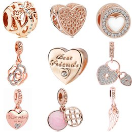 Wholesale 2018 new european pc rose gold dragonfly heart flower lock wing friends diy bead fit pandora charm bracelet D037