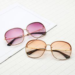 Новый модельер 0282 солнцезащитные очки полукадра квадратная рамка ультра-прозрачные цветные линзы летние светлые декоративные солнцезащитные очки с коробкой