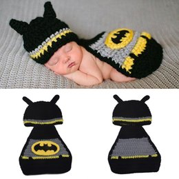 Crochet Home Australia - Crochet Newborn Batman Hat Mask&Cape Photography Props Knitted Baby Super Hero Cape NB Coming Home Outfits