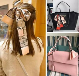 $enCountryForm.capitalKeyWord NZ - Fashion Classics Handbags Print 4 Styles can Choose 118X6cm Small Rectangle Scarf Headband Brand Silk Scarves Female Can For Handbags