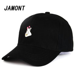 Little Hats Australia - New Fashion Korean Snapback Love Gestures Finger Embroidery Baseball Cap Flipper Little Heart Hip Hip Hat Sun Gorras Caps
