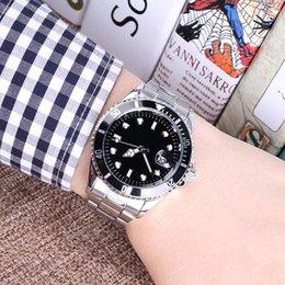 uomini e donne automatici di moda di lusso data della vigilanza degli uomini orologio al quarzo movimento cinturino in acciaio. in Offerta
