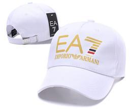 2018 Novos Bonés de Beisebol Para Os Homens Cúpula La Cap Gosha Rubchinskiy  Headwear casquette Gorras Caps Trucker Algodão Branco preto G14 b6406c6dfa8