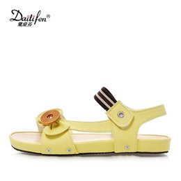 $enCountryForm.capitalKeyWord Canada - Daitifen Women Sandals Flat Button Buckle Ladies Summer Shoes Flat Sandals Comfort Outsole Women Flip Flops Casual Beach