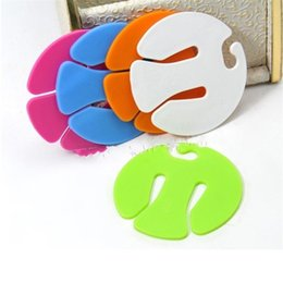 Discount easy clamps - Colorful Sock Clips Round Plastic Sorters Holders Portable Easy To Carry Socks Organizers Factory Direct Sale 0 5fy BB