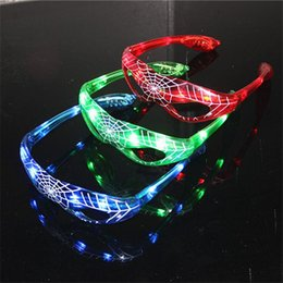 Light up eyes haLLoween online shopping - LED Spiderman Eye glasses Birthday Party Light Up Flashing Wedding Favors and Gifts Glow Eye Mask Halloween