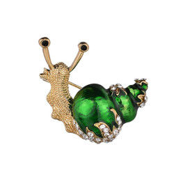 hijab accessories jewelry Australia - Fashion White Green Yellow Enamel Snail Brooches Women Men Vintage Hijab Pins Shiny Jewelry Accessories Bijoux Crystal Brooch
