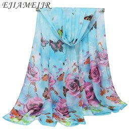 Chinese  2018 lady scarf roses butterfly printing silk chiffon shawl women's decorative pastoral scarves female grace thin beach shawls manufacturers