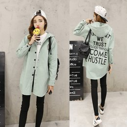 $enCountryForm.capitalKeyWord Canada - XINGYIDA New Autumn Trench Women Print Letter Street Coat Loose S-2XL Design Hooded Overcoat Loose Fit