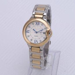 Venta al por mayor de Lote Nuevo estilo de moda mujer / hombre reloj señora plata diamante reloj pulsera de acero cadena amante de lujo reloj de bloqueo de alta calidad plegable