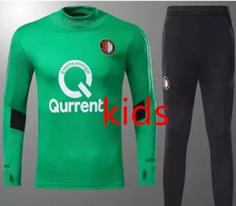 Kids Feyenoord SOCCER JERSEY traje de entrenamiento para niños Kuyt Lex  VILHENA Simon maillot de foot KIDS verde Ajax chándal LARSSON V.PERSIE sets 79db8aca76f97