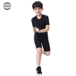 $enCountryForm.capitalKeyWord UK - Yuerlian Children Compression Costume Fitness Tights Running Set Gym Sportswear Short T-Shirt Shorts Kids Tracksuit Sport Suit