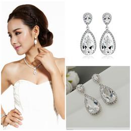 2018 Luxury Rhinestones Bridal Earrings Formal Prom Party Awards Ceremony  Water Drop Design Stud Earrings Beautiful Bridal Ear Accessories 631a7728635e