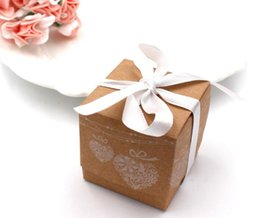 wholesale christmas apparel 2019 - 50pcs Kraft Paper Candy Box Square Shape Wedding Favor Gift Party Supply Packaging Bag heart pattern brown packing box C