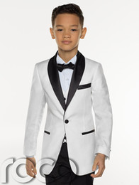 ivory tuxedo kids NZ - 2018 Cheap Three Pieces White Boy's Tuxedos Custom Made Kids Wedding Party Tuxedos Boy's Formal Dinner Suit (Jacket+Tie+pants+vest)