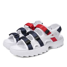 China Newest Sandals Fashion Design Men Women Casual Sneakers Classic Summer Outdoor Beach Shoes Top Quality Luxury Slippers Eur 36-44 cheap slipper sandal designs suppliers