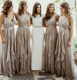 Long Red Group Bridesmaid Dresses Australia - 2018 Cheap Chiffon V Neck Country Long Bridesmaid Dresses Pleated Floor Length Beach Wedding Party Guest Dress Maid Of Honor Group Dress