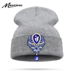 pink brooches wholesale UK - Fashion Large Crystal Diamond Rhinestone Beanies Female Winter Warm Knitted Hat Hip Hop Women's Beanie Bone Teardrop Brooch Pins