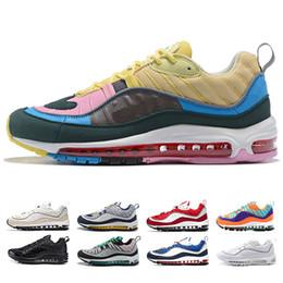 timeless design 121e1 a74e1 Nike air max 98 off white En gros Pas Cher 2018 bleu rouge Triple Blanc  Triple Noir Hommes Femmes Chaussures de Course Sneakers Mode Coureur  Primeknit ...