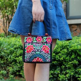 fashion embroidered handbag ethnic UK - Women Ethnic Style Tote Bag Two Zipper Hand Bags Purse Embroidered Fashion Embroidery Handbag Retro Vintage All-match Floral Bag