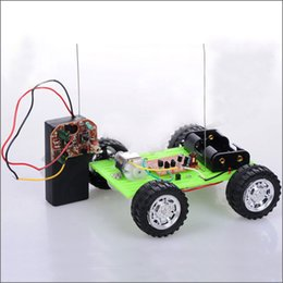 propeller model 2019 - 3 Models Craft DIY Green Car Mini Wind Trolley Technology Making Small Invention Material Package Puzzle Toy Car Propell