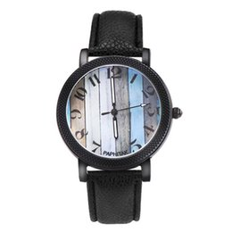 Chinese  Multicolor Fancy Unisex Leather Band Analog Alloy Men's Women's Quartz Watch mujer moda 2018 Dress Female wristwatch clock manufacturers
