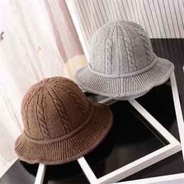 $enCountryForm.capitalKeyWord NZ - BCK002 Hot Sweet Women Wool Twist Pattern Knitted Cap Winter Autumn Female Cotton Foldable Curling Bucket Fishing Hats