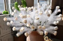 Artificiale PE rose feather art vintage rose La strada del matrimonio porta a fiori falsi Cinque teste di rose HR022