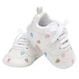 newborn baby leather moccasins 2019 - Baby Casual Shoes for Girls Sneakers Little Kid Flats Lace-up Newborn Home Gear Tenis Infantil Toddler Soft PU Leather M