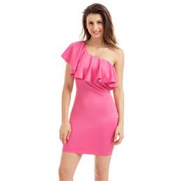 5134c2d14605b Vestido de volantes de verano para mujer corto blanco un hombro fiesta  cóctel Mini vestido elegante Vestidos Mujer Party Lc220041