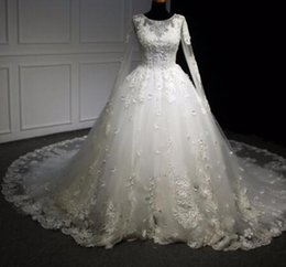 Vintage Cocktail Lace Wedding Dresses NZ - Vestido de Noiva Scoop Neck Lace Up Appliques Ball Gown Wedding Dress 2018 Luxury Beaded Long Sleeve Pearls Vintage Wedding Gown