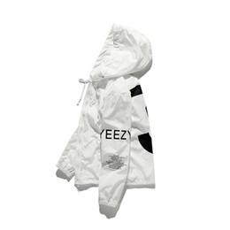 Nueva chaqueta blanca de kanye west para hombres chaqueta cortavientos hip hop chaquetas deportivas streetwear 3 chaqueta de impresión abrigo envío de la gota en venta