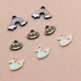 bat accessories halloween Canada - Wholesale 100pcs lot Oil Drop Fashion Zinc Alloy Rainbow Bat Whale Charm Pendants Gold-Color Floating Enamel Fashion Jewelry Accessories