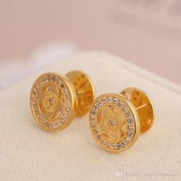 Vente en gros Top qualité en laiton henri bendel Stud en 1.2cm avec zirconi cubique diamant forme de fleur creuse femmes bijoux livraison gratuite PS5690