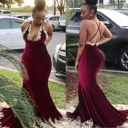 Wholesale Burgundy Velvet Gold Lace Evening Dresses Backless V Neck Long Mermaid Fashionable Party Gowns Prom Dresses Custom Plus Size