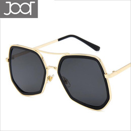 Frames Definition NZ - Luxury Sunglasses for Women Fashion Design UV 400 Protection Lens Square Full Frame High Definition Lens Come with Package