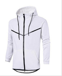 China Free shipping Autumn And Winter Sports Leisure Male Hooded Cotton Sweater New Fashion Brand Man's Coat Plus cheap leisure plus suppliers