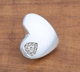 Crystal Pull Cabinet Handles Australia - 2018 new love heart shape Silver crystal heart single door knob cabinet handles kitchen crystal zinc alloy pulls furniture handles #390