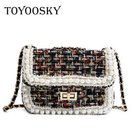 China TOYOOSKY Winter New Fashion Wool Bag Women Messenger Bags Pearl Chain Small Women's Shoulder Bag For Ladies Designer Handbags cheap women bags for winter suppliers