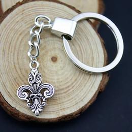 Fleur lis ring men online shopping - 6 Pieces Key Chain Women Key Rings Fashion Keychains For Men Fleur De Lis x16mm