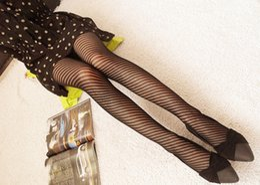 d94557e3395 Fashion Womens Lady Girls Black Sexy Fishnet Paern Jacquard Stockings  Pantyhose Tights Styles Woman 1pcs dww03