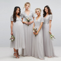 $enCountryForm.capitalKeyWord NZ - Country Long sequins Bridesmaid Dresses 2019 Sliver Short Sleeves V Neck Pleated Tulle A-Line Maid Of Honor pregnant Dress Floor Length