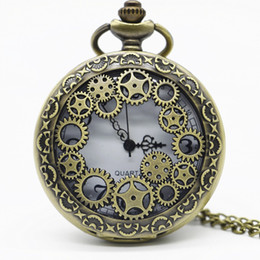 $enCountryForm.capitalKeyWord NZ - Vintage Bronze Hollow Gear Quarzt Pocket Watch Steampunk Pendant Necklace Gifts Watch