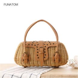 Retro Handmade Straw Bags Women Rattan Box Beach Bags Summer Handbags Tote  Ladies Trunk Bohemian Style Travel Shoulder Bag BA554 affordable straw  handbags ... b6cc2e9ce96c3